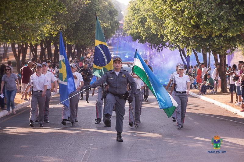 Desfile 07 Setembro em Nova Mutum