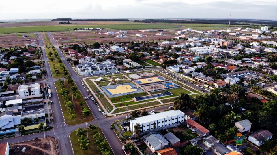 Confira fotos da inauguração da Praça Eurico do Nortão - bairro Bela Vista
