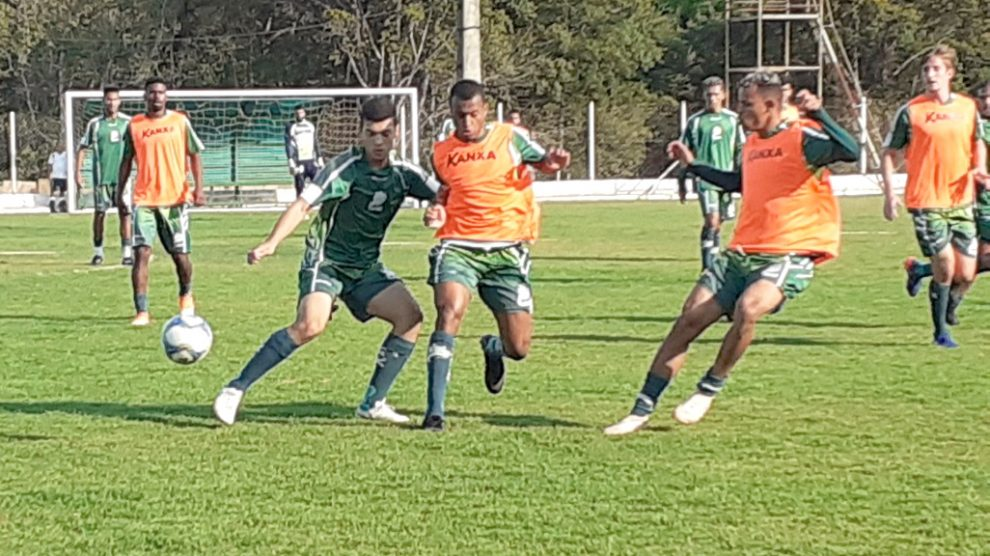 Jogadores do Luverdense retomam treinamentos visando estreia no Estadual