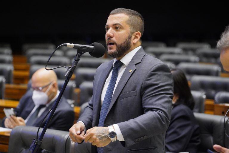 O relator da subcomissão, deputado Carlos Jordy - (Foto: Pablo Valadares/Câmara dos Deputados)