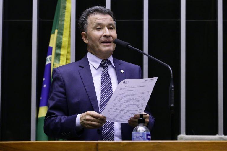 Darci de Matos: escavação de cascalheiras tem baixo impacto ambiental - (Foto: Cleia Viana/Câmara dos Deputados)