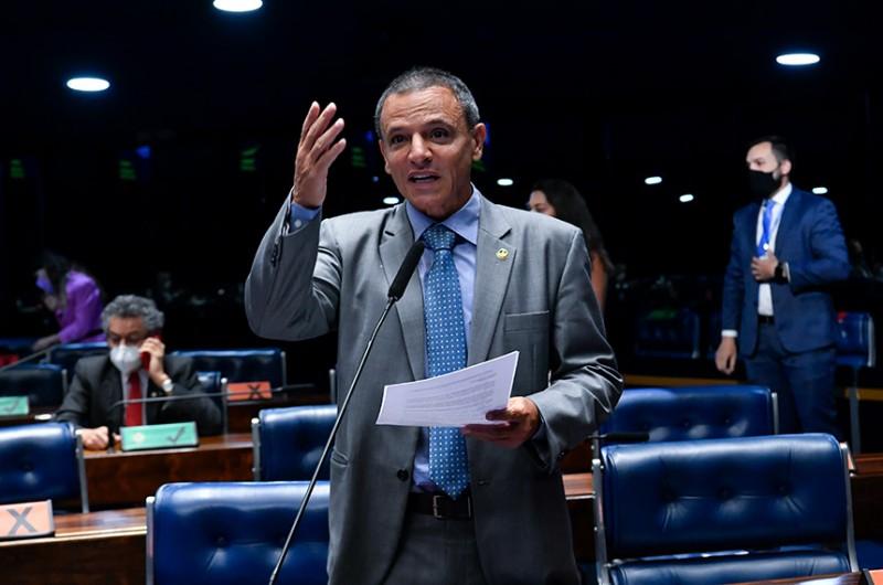 """O senador afirmou que Frei Egídio """"foi muito estimado e admirado, e marcou a vida de centenas de pessoas"""" - Waldemir Barreto/Agência Senado"""