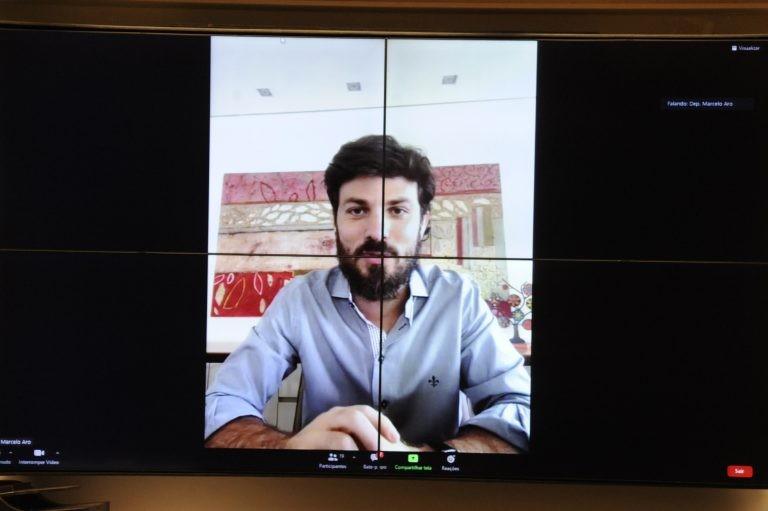Deputado Marcelo Aro, relator do projeto na CCJ - (Foto: Gustavo Sales/Câmara dos Deputados)