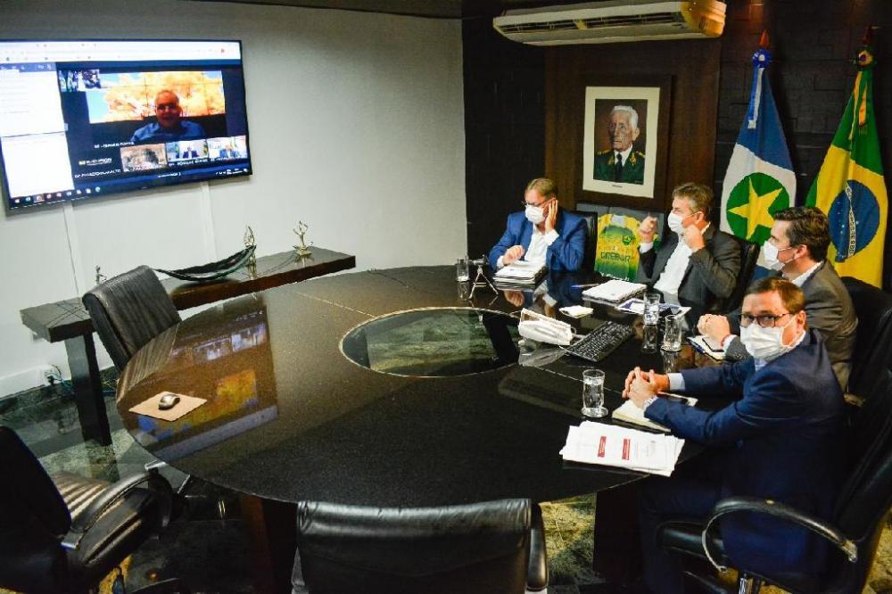 Governadores do centro-oeste fazem videoconferência com presidente da República - Foto por: Assessoria