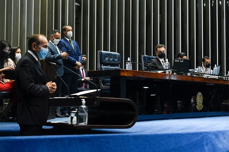 Com relatoria do senador Marcelo Castro, projeto permite que gestores públicos que foram punidos apenas com multa por irregularidades nas contas, não fiquem inelegíveis. Proposta vai a sanção