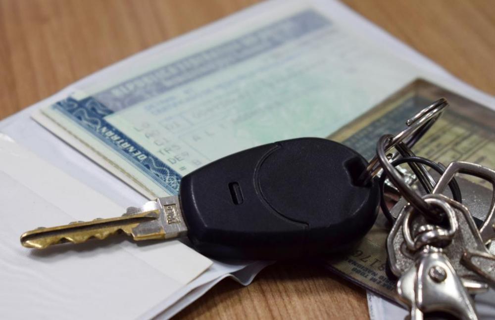 A Secretaria de Fazenda (Sefaz) informa que as datas de vencimento do Imposto sobre Propriedade de Veículos Automotores (IPVA) dos veículos com finais de placa 4, 5, 6 e 7 já foram alteradas no Sistema IPVA. A parametrização do sistema foi realizada pela