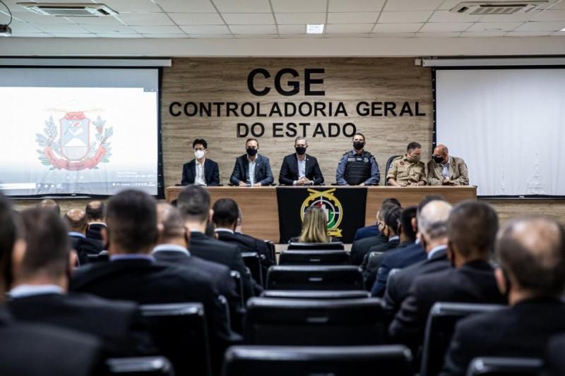 Participam do curso 40 profissionais que atuam no gabinete do governador e em órgãos e instituições públicas de Mato Grosso e de outros estados do país. - Foto por: Christiano Antonucci