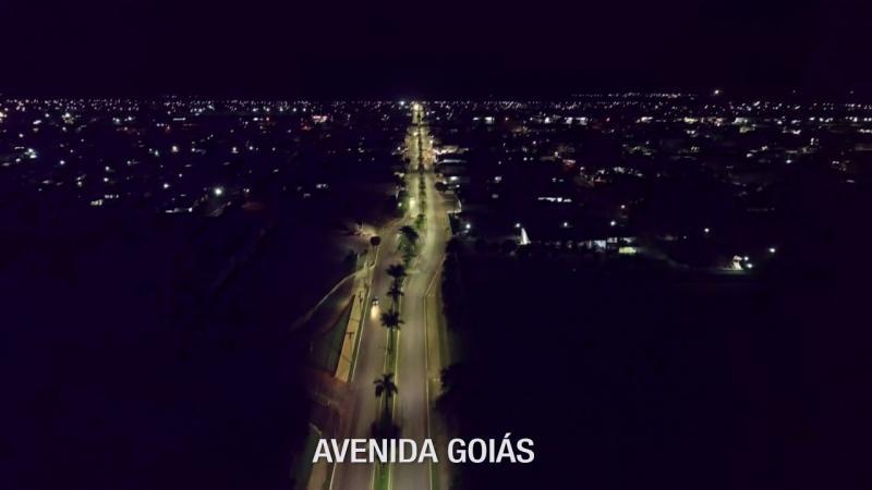 Antes e depois iluminação de LED avenida Goiás